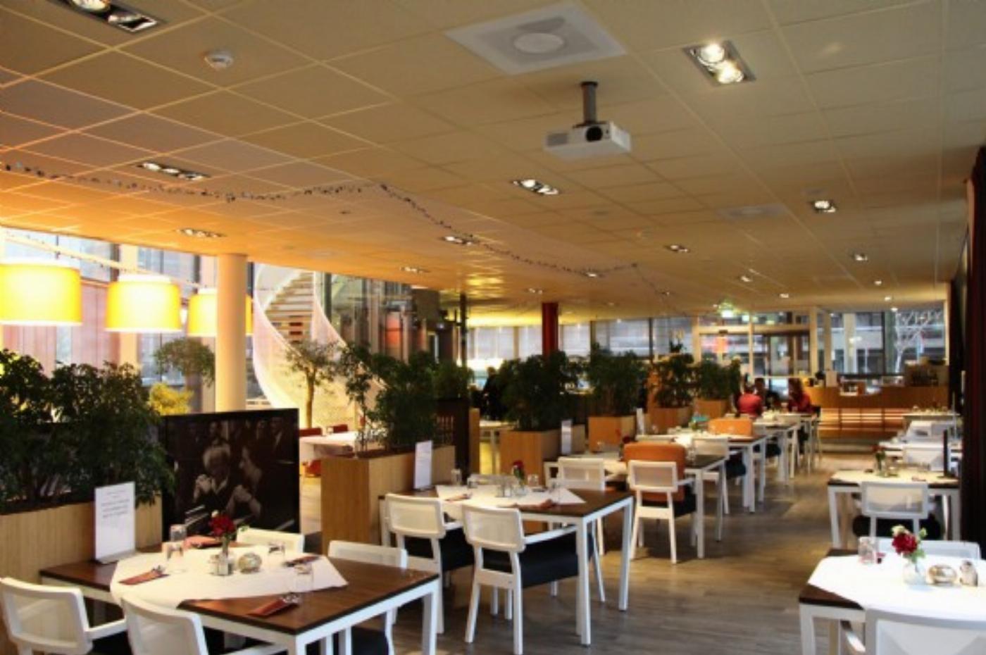 Het restaurant van het JBC Visserhuis, Joods woonzorgcentrum in Den Haag